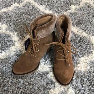 Johnston & Murphy boots - 8